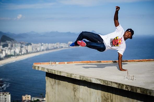 B-Boy Pelezinho - Action